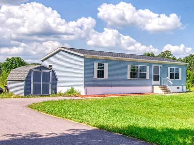 8626 3RD Street, Almond, WI 54909 (#50246354) :: Symes Realty, LLC