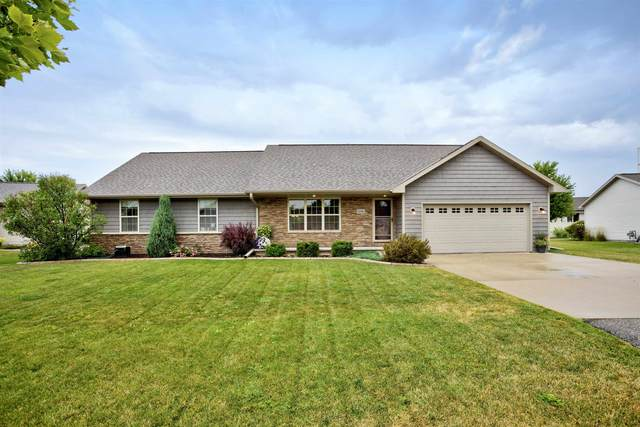 2060 Sweetbriar Lane, Menasha, WI 54952 (#50246397) :: Todd Wiese Homeselling System, Inc.