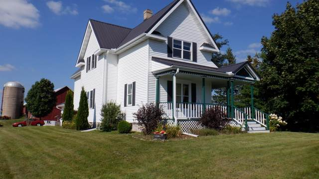 W4444 Hwy G, Black Creek, WI 54106 (#50246456) :: Town & Country Real Estate
