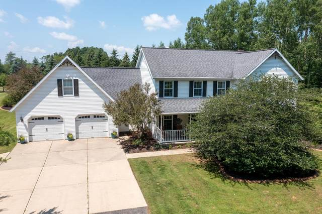 311 Dekard Lane, Little Suamico, WI 54141 (#50246475) :: Symes Realty, LLC