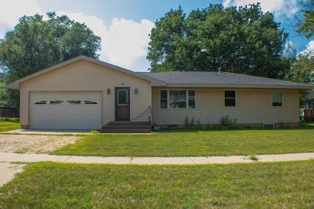 137 S Walker Street, Adams, WI 53910 (#50246531) :: Symes Realty, LLC