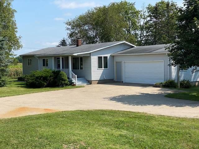 N11262 Hwy 22, Clintonville, WI 54929 (#50246683) :: Symes Realty, LLC