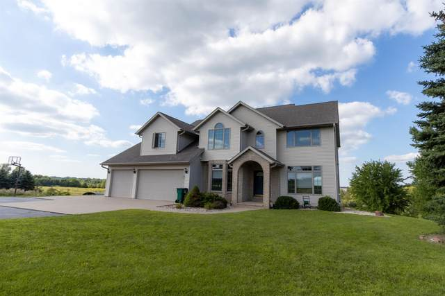 W8958 Spring Road, Hortonville, WI 54944 (#50246706) :: Town & Country Real Estate