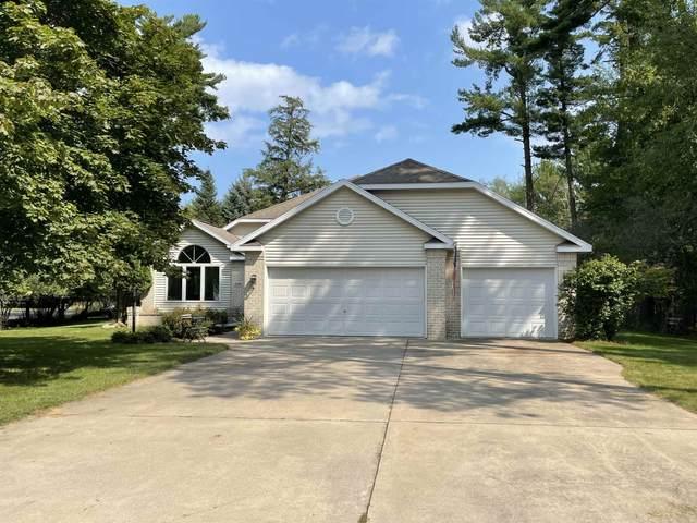 2346 Woodview Lane, Marinette, WI 54143 (#50246747) :: Symes Realty, LLC