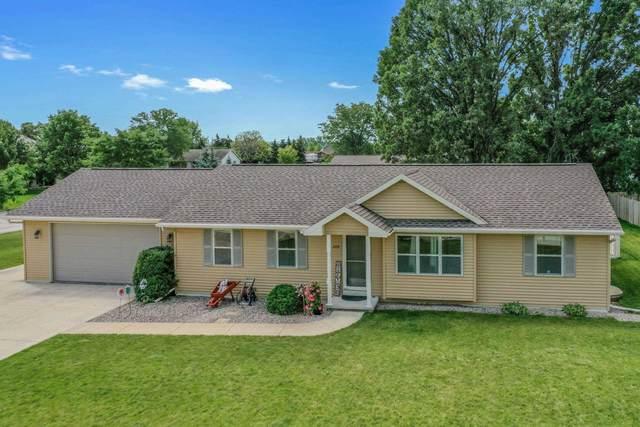 2114 Gadwall Lane, Green Bay, WI 54311 (#50246785) :: Todd Wiese Homeselling System, Inc.