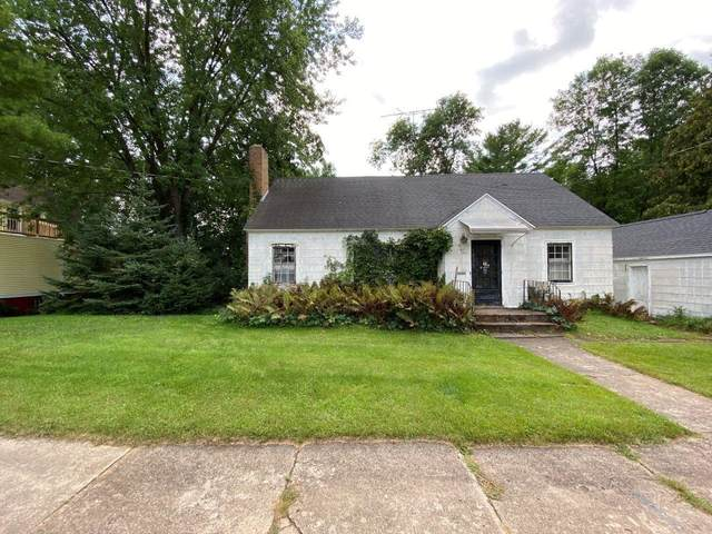 97 W 13TH Street, Clintonville, WI 54929 (#50246850) :: Symes Realty, LLC