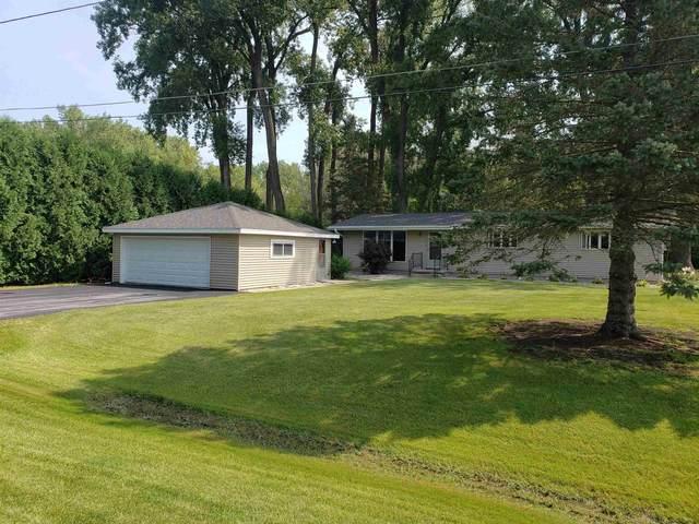 6752 Lee Harbor Lane, Oshkosh, WI 54902 (#50246886) :: Symes Realty, LLC