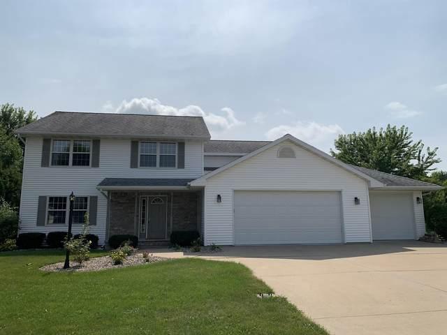 W6041 Strawflower Drive, Appleton, WI 54915 (#50246916) :: Todd Wiese Homeselling System, Inc.