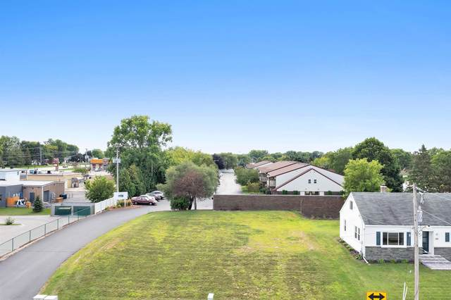 1047 Marvelle Lane, Green Bay, WI 54304 (#50246936) :: Dallaire Realty
