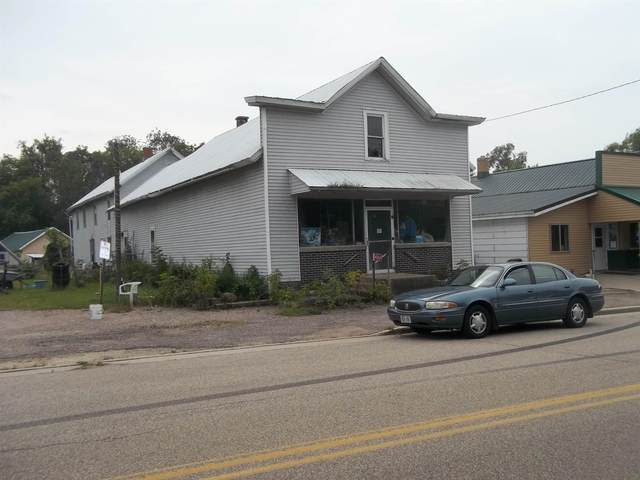 W11065 Hwy D, Marion, WI 54950 (#50247071) :: Todd Wiese Homeselling System, Inc.
