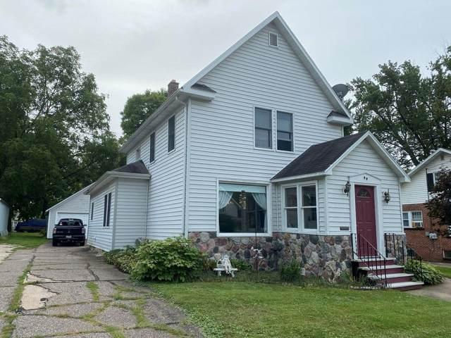 90 N Clinton Avenue, Clintonville, WI 54929 (#50247126) :: Carolyn Stark Real Estate Team