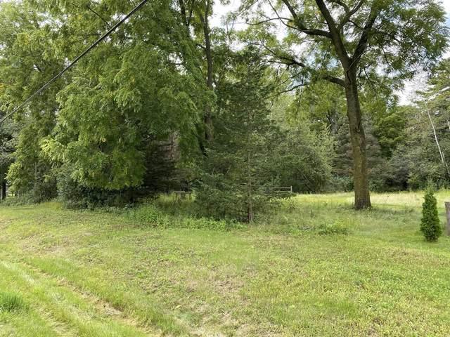 N Oakwood Road, Oshkosh, WI 54904 (#50247127) :: Symes Realty, LLC