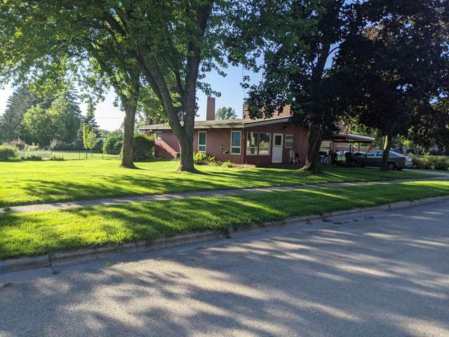 909 Dickinson Street, New London, WI 54961 (#50247191) :: Dallaire Realty