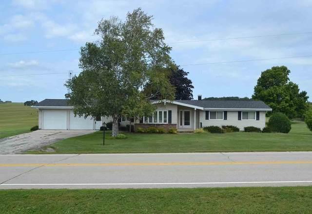 3051 Hill Road, Greenleaf, WI 54126 (#50247210) :: Symes Realty, LLC