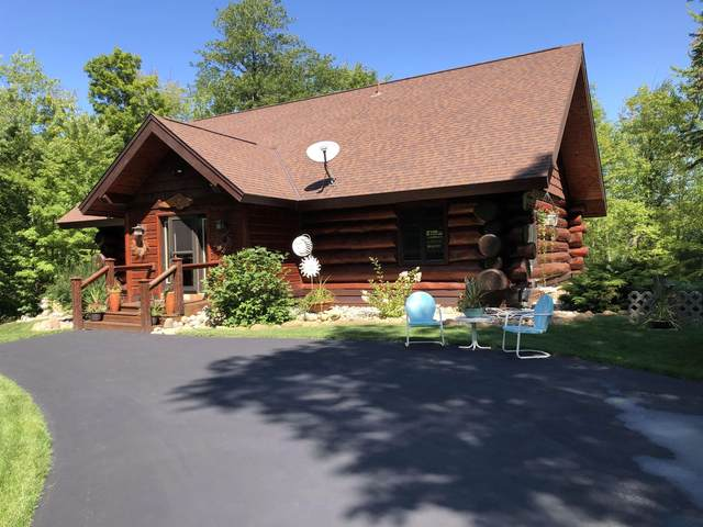 16092 N Maiden Lake Road, Mountain, WI 54149 (#50247232) :: Todd Wiese Homeselling System, Inc.