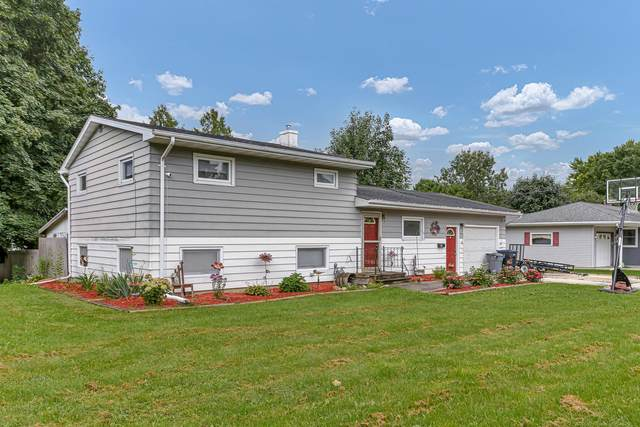 2111 Pleasant Avenue, New Holstein, WI 53061 (#50247329) :: Symes Realty, LLC