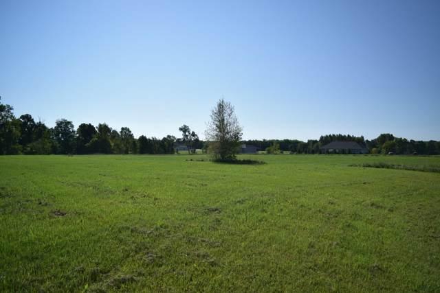 Prairie Gardens Lane, Pulaski, WI 54162 (#50247349) :: Town & Country Real Estate