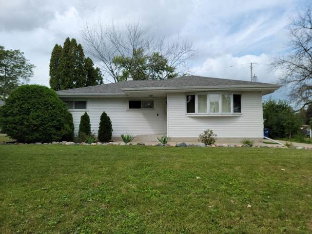 5412 W Greenwood Terrace, Milwaukee, WI 53223 (#50247424) :: Symes Realty, LLC