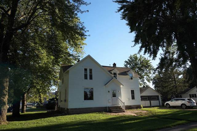 902 Shiocton Street, New London, WI 54961 (#50247433) :: Dallaire Realty