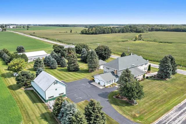 12008 Hwy C, Valders, WI 54245 (#50247616) :: Town & Country Real Estate