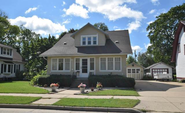 1102 Ellis Street, Kewaunee, WI 54216 (#50247622) :: Ben Bartolazzi Real Estate Inc