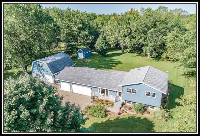 1905 Starlight Drive, New London, WI 54961 (#50247768) :: Dallaire Realty