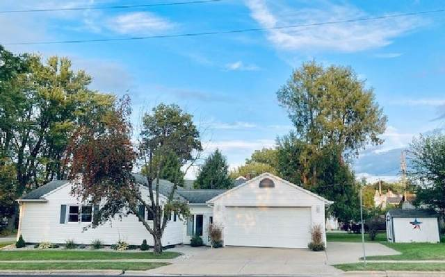 512 W Cook Street, New London, WI 54961 (#50247786) :: Todd Wiese Homeselling System, Inc.