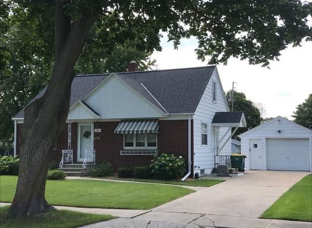 1216 Redwood Drive, Green Bay, WI 54304 (#50247827) :: Todd Wiese Homeselling System, Inc.