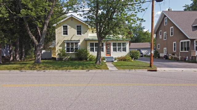 327 S Scott Street, Wautoma, WI 54982 (#50247861) :: Symes Realty, LLC