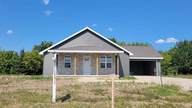 922 Thorn Creek Drive, Hilbert, WI 54129 (#50247874) :: Symes Realty, LLC