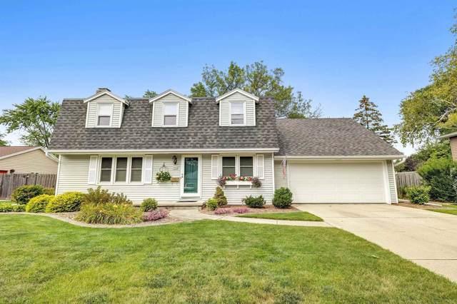 703 Voelker Street, De Pere, WI 54115 (#50247905) :: Todd Wiese Homeselling System, Inc.