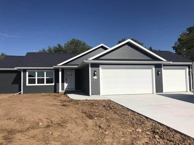 1290 Brenda Lane, Neenah, WI 54956 (#50247984) :: Todd Wiese Homeselling System, Inc.