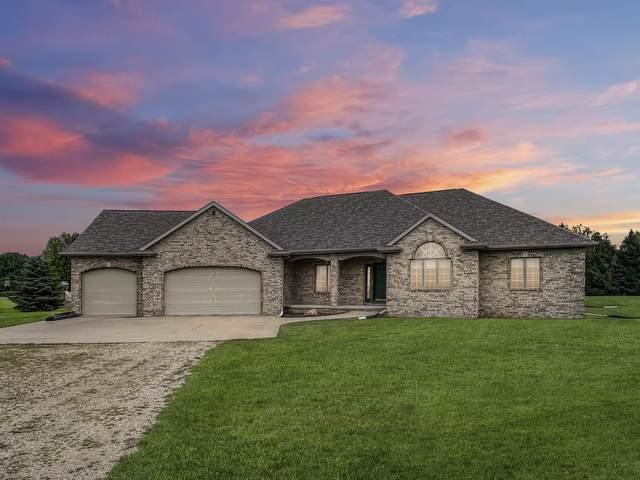 N952 Fox Springs Drive, Greenville, WI 54942 (#50247992) :: Town & Country Real Estate