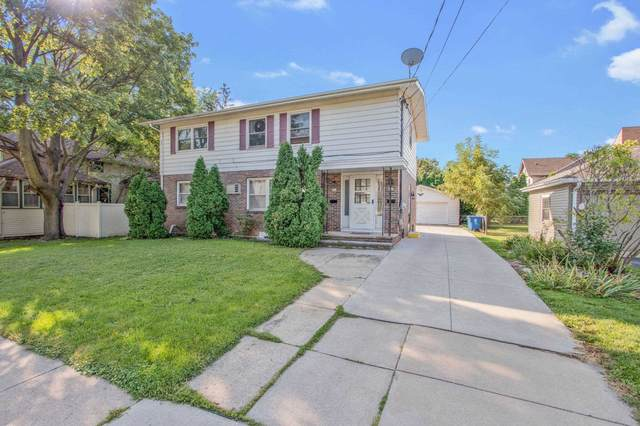 515 W Irving Avenue, Oshkosh, WI 54901 (#50248082) :: Symes Realty, LLC