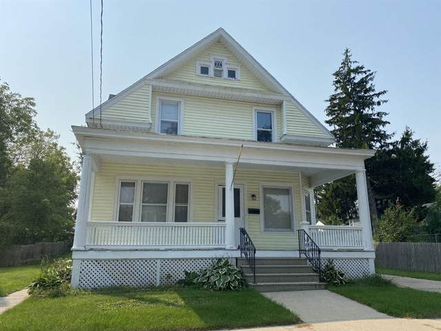 252 E Noyes Street, Berlin, WI 54923 (#50248095) :: Dallaire Realty