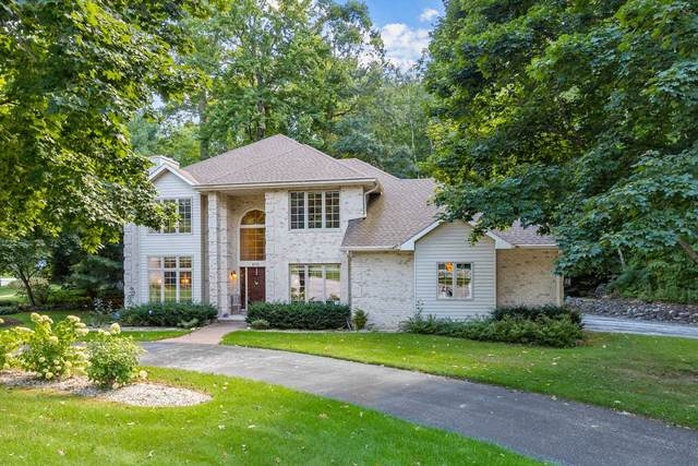 610 Antelope Trail, Green Bay, WI 54313 (#50248098) :: Todd Wiese Homeselling System, Inc.