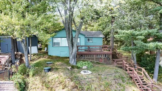 N1566 Johanknecht Lane, Waupaca, WI 54981 (#50248123) :: Symes Realty, LLC