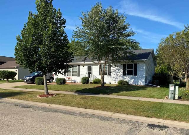 3775 Harvest Drive, Oshkosh, WI 54901 (#50248148) :: Symes Realty, LLC