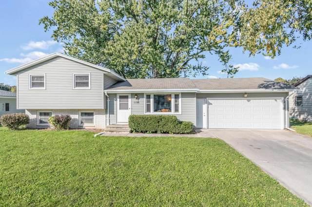 1198 Morris Avenue, Green Bay, WI 54304 (#50248151) :: Symes Realty, LLC