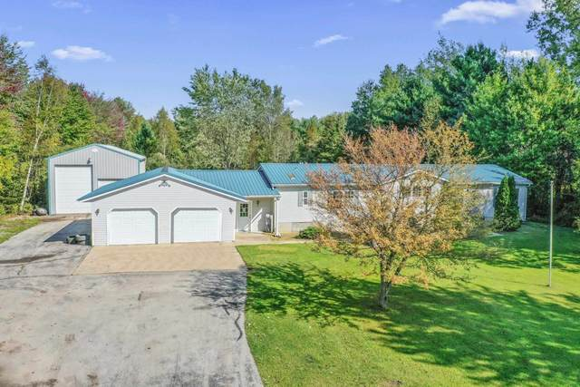 6754 Hwy S, Little Suamico, WI 54141 (#50248169) :: Symes Realty, LLC