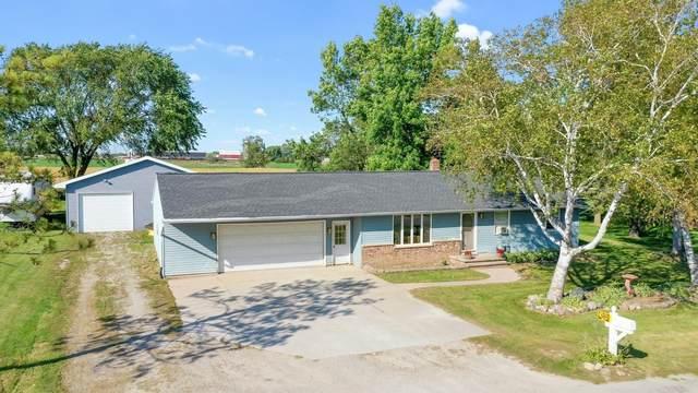W2132 Ludwig Street, Kaukauna, WI 54130 (#50248191) :: Todd Wiese Homeselling System, Inc.