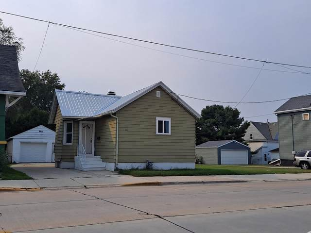 1310 Madison Street, Two Rivers, WI 54241 (#50248208) :: Symes Realty, LLC