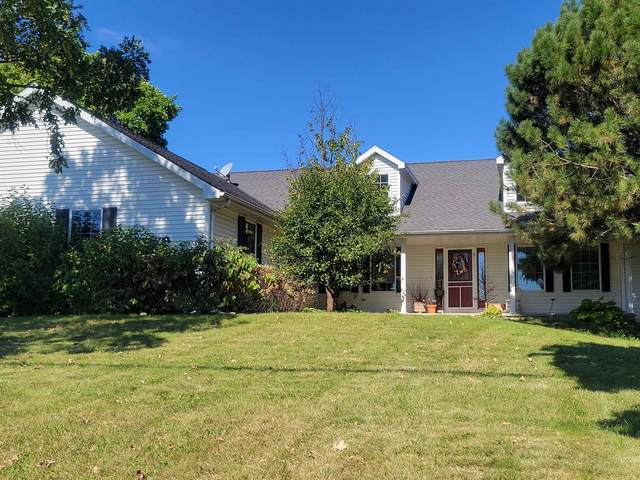 1561 Oakridge Road, Neenah, WI 54956 (#50248221) :: Symes Realty, LLC