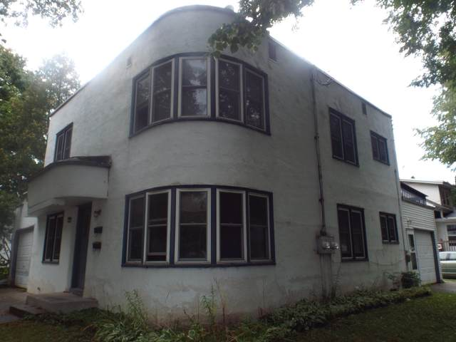 1181 Stuart Street, Green Bay, WI 54301 (#50248265) :: Symes Realty, LLC