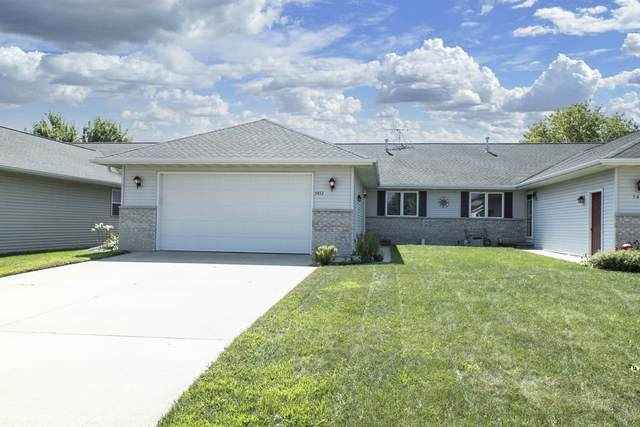 5453 W Brookview Drive, Appleton, WI 54913 (#50248270) :: Symes Realty, LLC