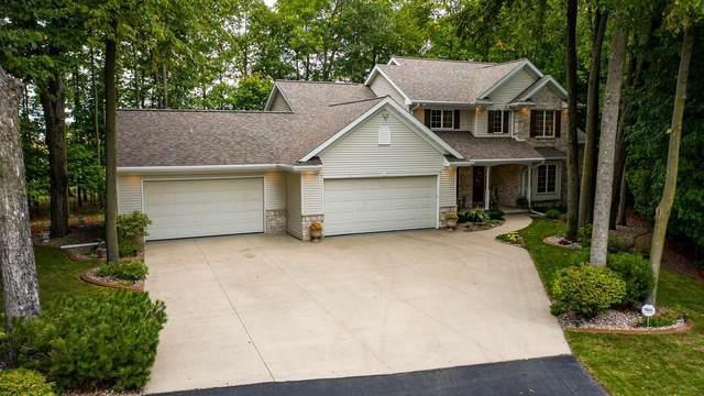 2214 E Cedar Ridge Drive, Appleton, WI 54915 (#50248346) :: Town & Country Real Estate