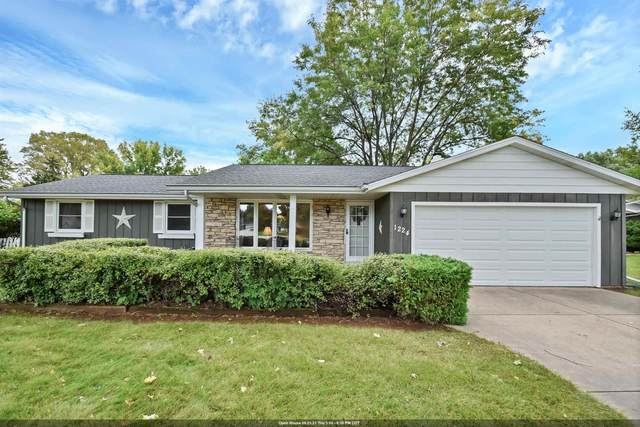1224 Swan Court, Green Bay, WI 51313 (#50248366) :: Symes Realty, LLC