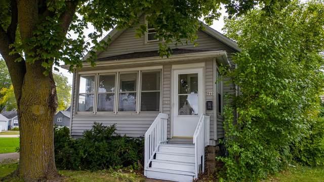 940 Dove Street, Oshkosh, WI 54902 (#50248378) :: Symes Realty, LLC