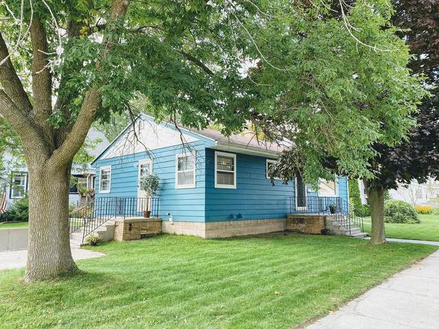 1004 Buchholz Street, Two Rivers, WI 54241 (#50248391) :: Symes Realty, LLC