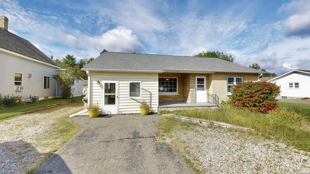 717 Roosevelt Road, Niagara, WI 54151 (#50248416) :: Todd Wiese Homeselling System, Inc.